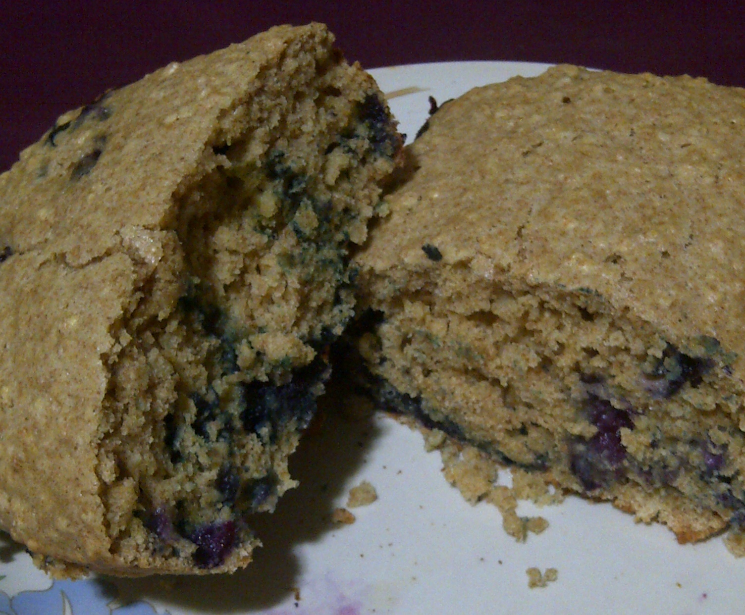 Recipe: Blueberry Oatmeal Cake | pinktapestry